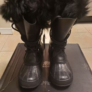 SOREL LUX Joan of Arctic Winter Boots Black 11
